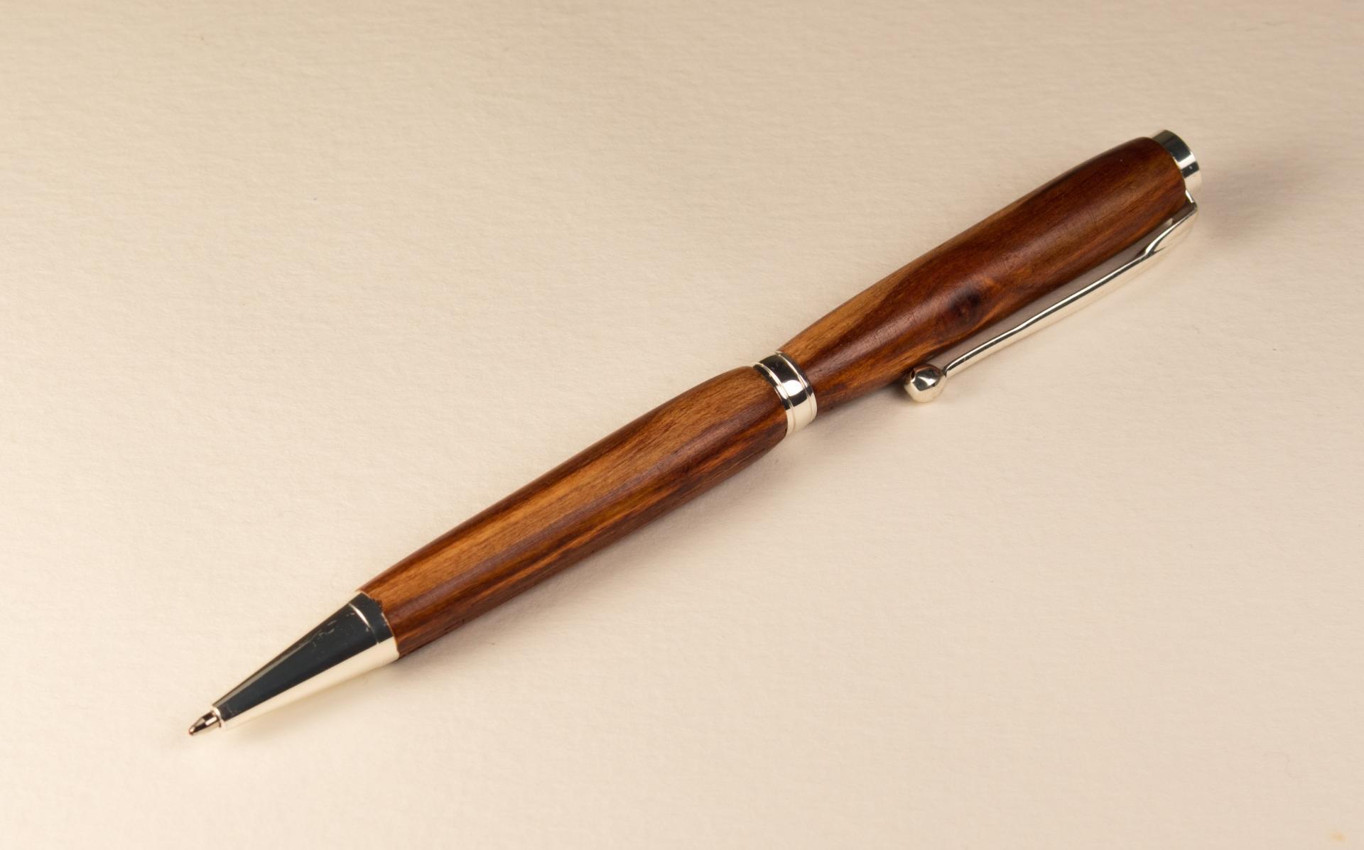 Stylo En Bois Artisanal - stylo bois artisanal fait main